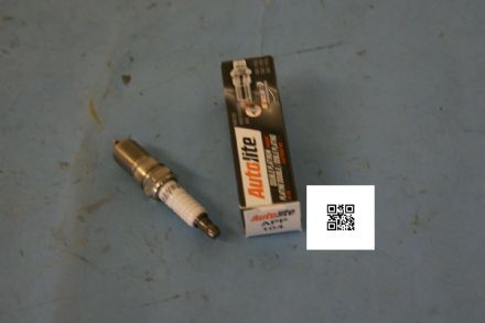 1997-2004 Corvette C5 AutoLite Spark Plugs, APP104, New In Box